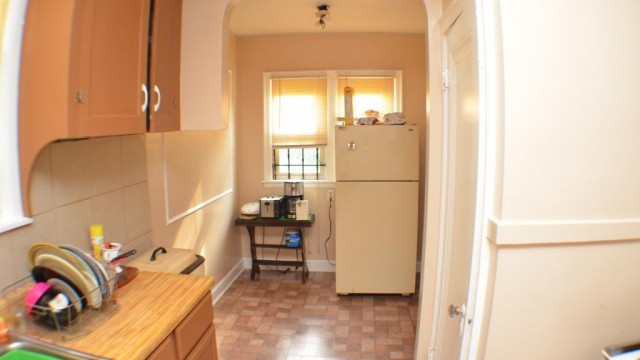 $27,500 Newly renovated 2 bedroom house in Detroit. 17% yield